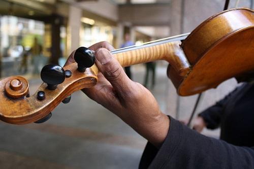 When Should I Learn Violin Vibrato?